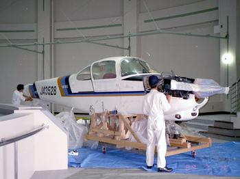 FA-200搬入中.jpg